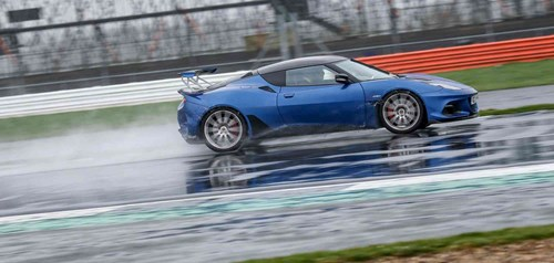Blue Lotus Exige on Silverstone Cicuit